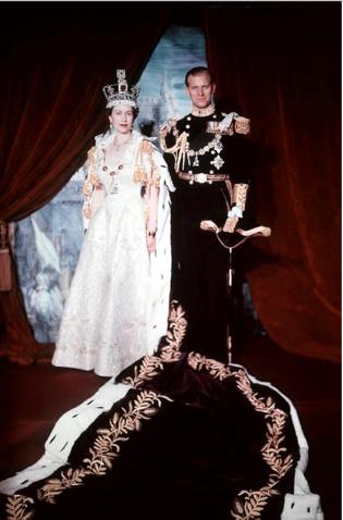 Koningin Elisabeth en Prins Philip na haar kroning (1953).